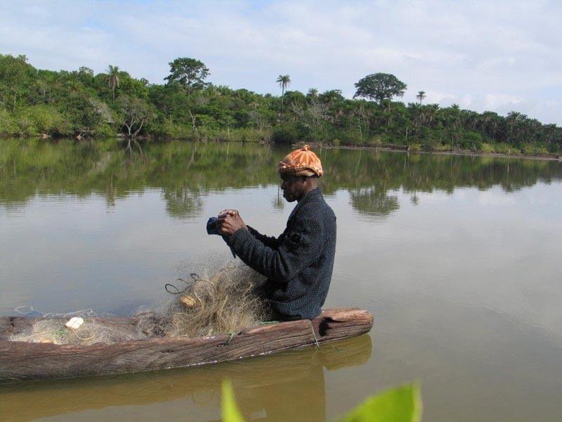 La pêche dhiver à podmoskove la perche
