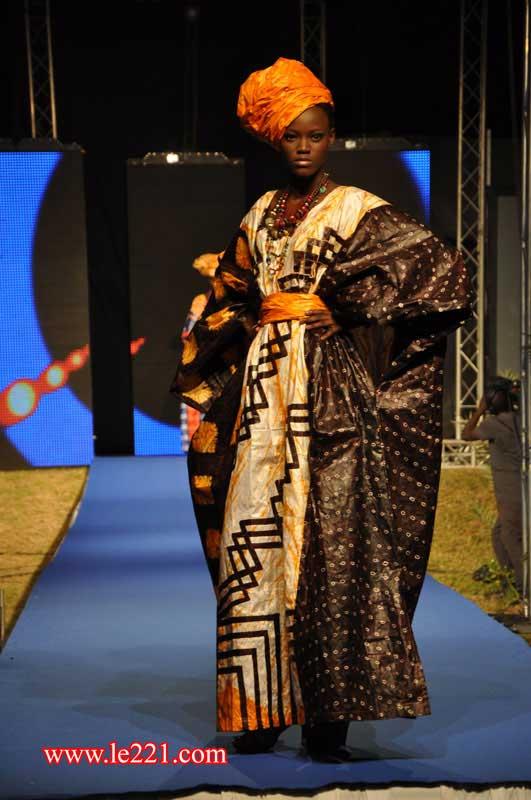 La Dakar Fashion Week 10 Ans De Mode D J Au S N Gal